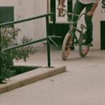Con la bici, precaución