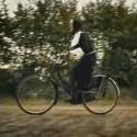 Monja en bici