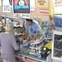 El dependiente ladrón