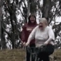 Abuela, ¿quieres probar mi bici nueva?