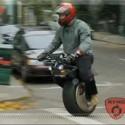 Una moto a medias
