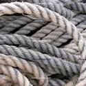 Con un puñado de cuerdas