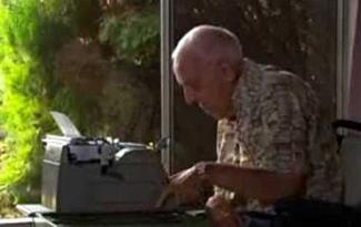El artista de la máquina de escribir - tontaKos.com