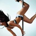 """La postura del """"pole dance"""""""