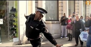 Un poli con mucha marcha
