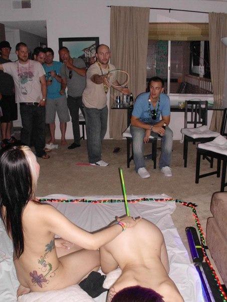 Las fiestas donde tú no vas_tontakos.com 06